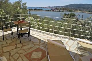 cottage villa ariadni terrace