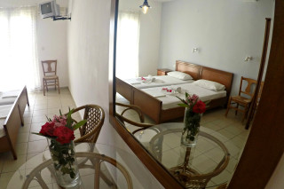 double bed studio villa ariadni amenities