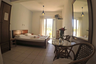 double bed studio villa ariadni inside