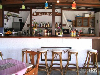 facilities villa ariadni bar-06
