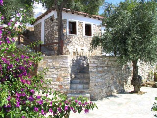 facilities villa ariadni garden view