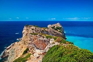 skiathos island ariadni villa castle